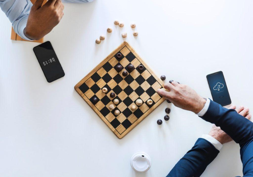Partita di scacchi vista dall'alto
