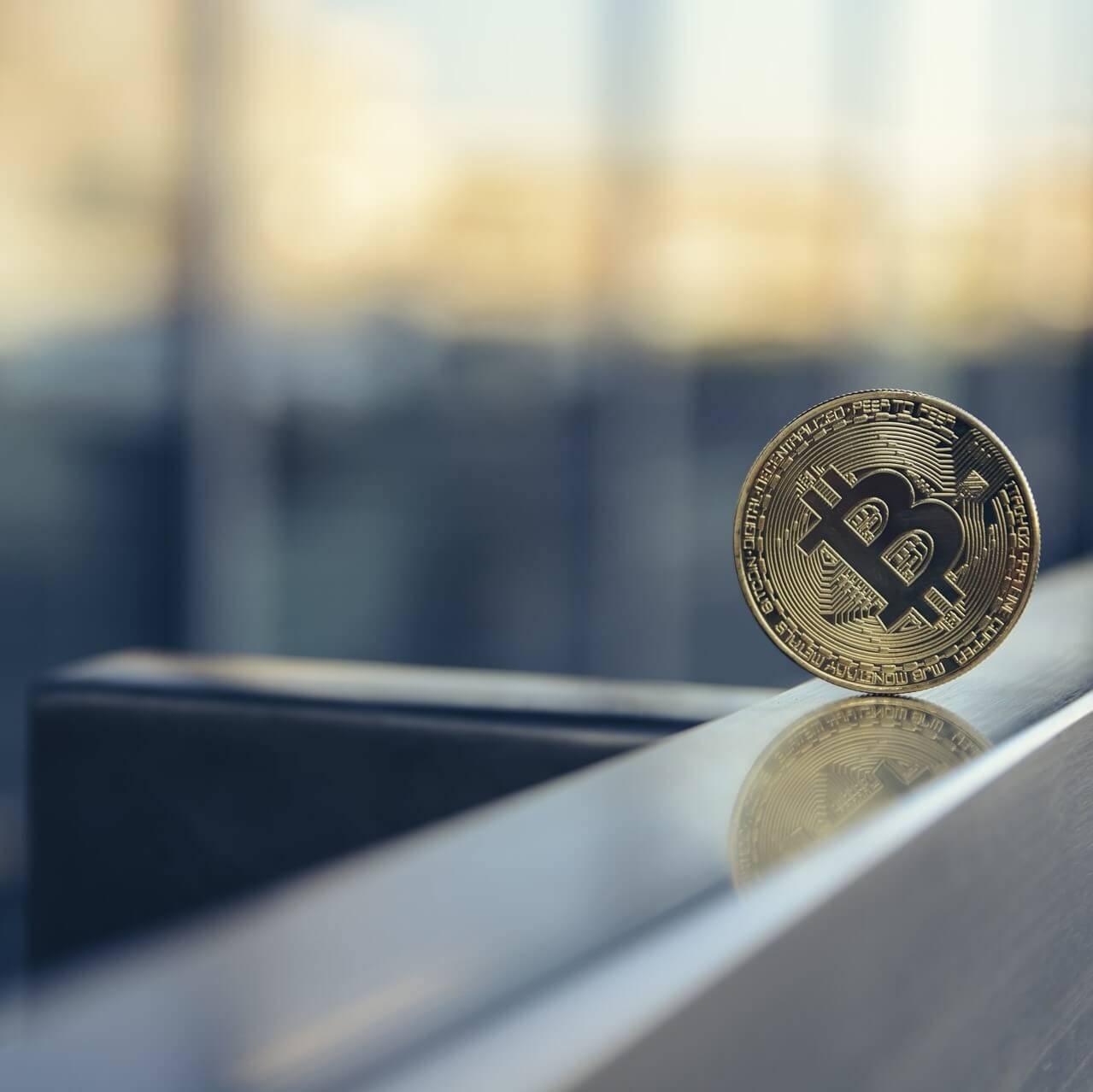 trova prove di illecito finanziario bitcoin con reputationup